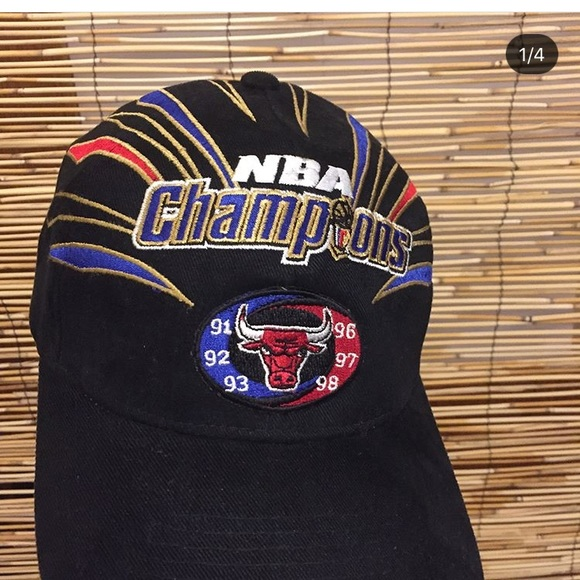 57ceea972b9 Bulls 1998 NBA champions hat. M 5ac011159a9455887bc316ac